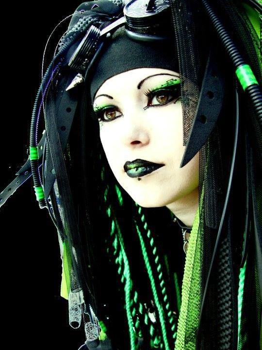 GOTH INDUSTRIAL   Cybergoth, Gothic culture, Cybergoth style
