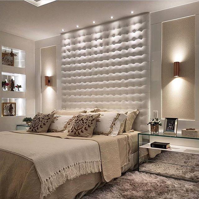Boa noite! Um quarto harmonioso, elegante e de muito bom gosto!! By @maxmello