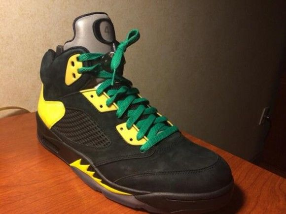 Durable Nike Air Jordan 5 Retro Suede Oregon Ducks