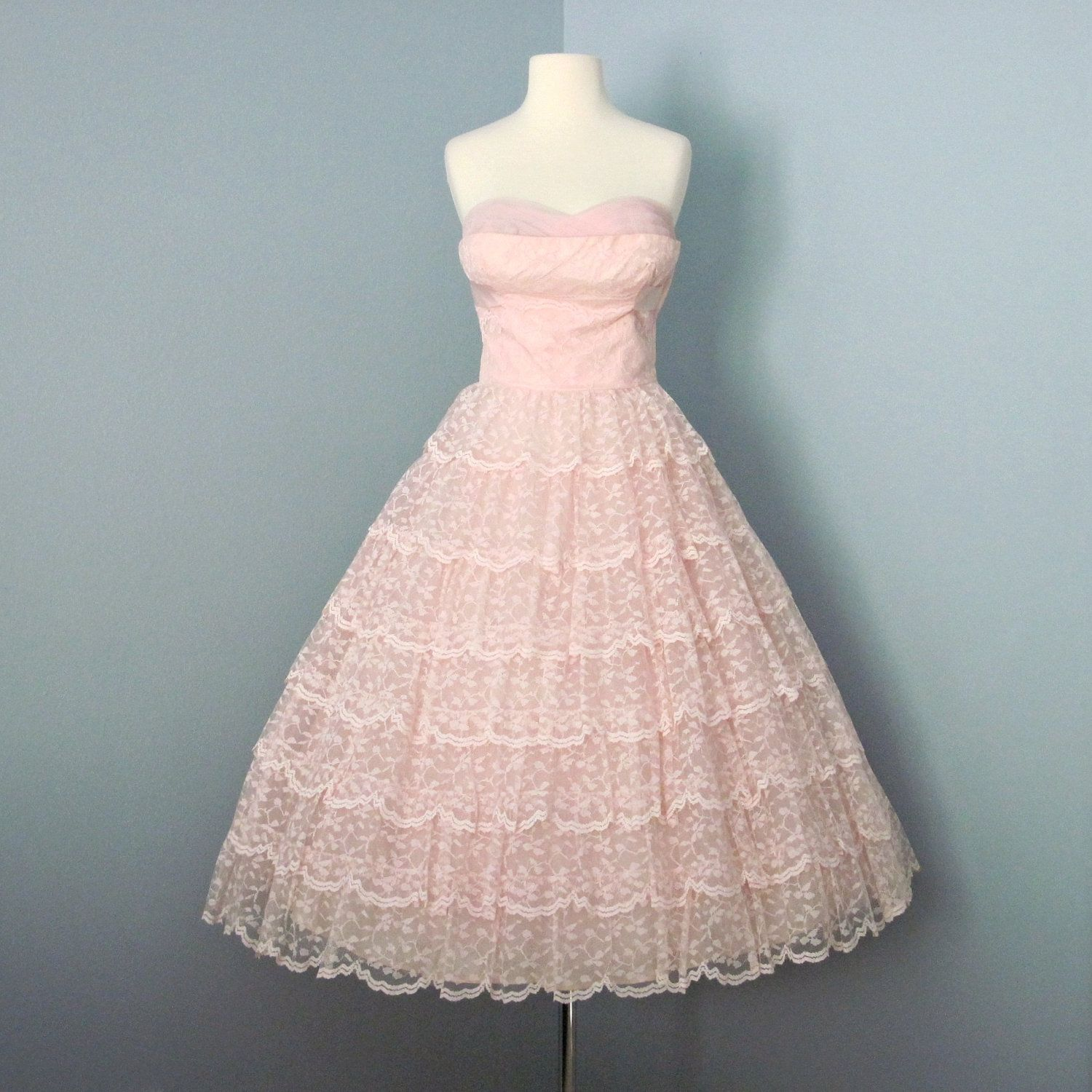 1950s Prom Dress / Pale Pink Vintage Lace Tulle Wedding Dress Prom Dress