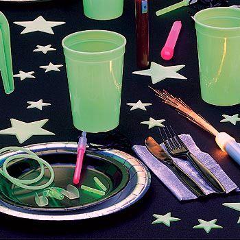 black light party ideas Bing Images GLOWINTHEDARK NEON