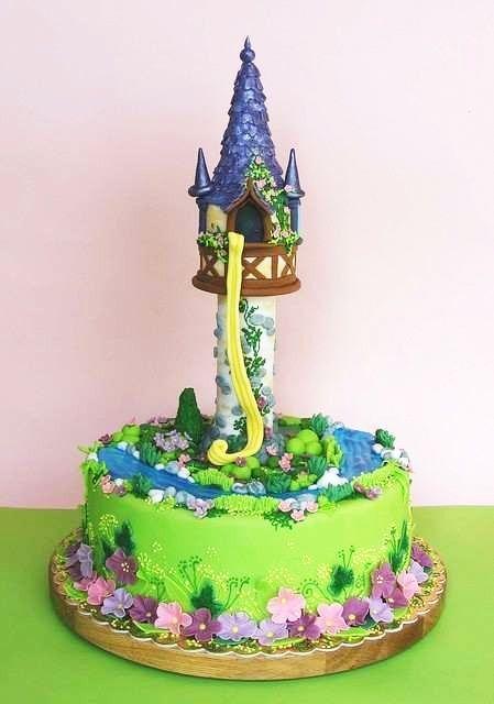 le gâteau d'anniversaire raiponce - les gateaux d'anniversaire les