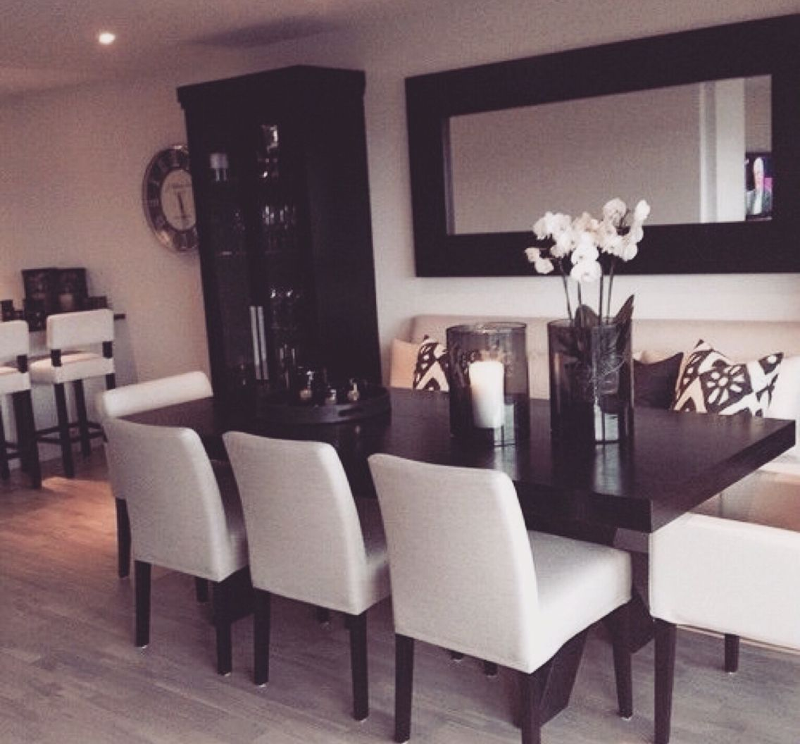 Modern Living Room Ideas With Collum