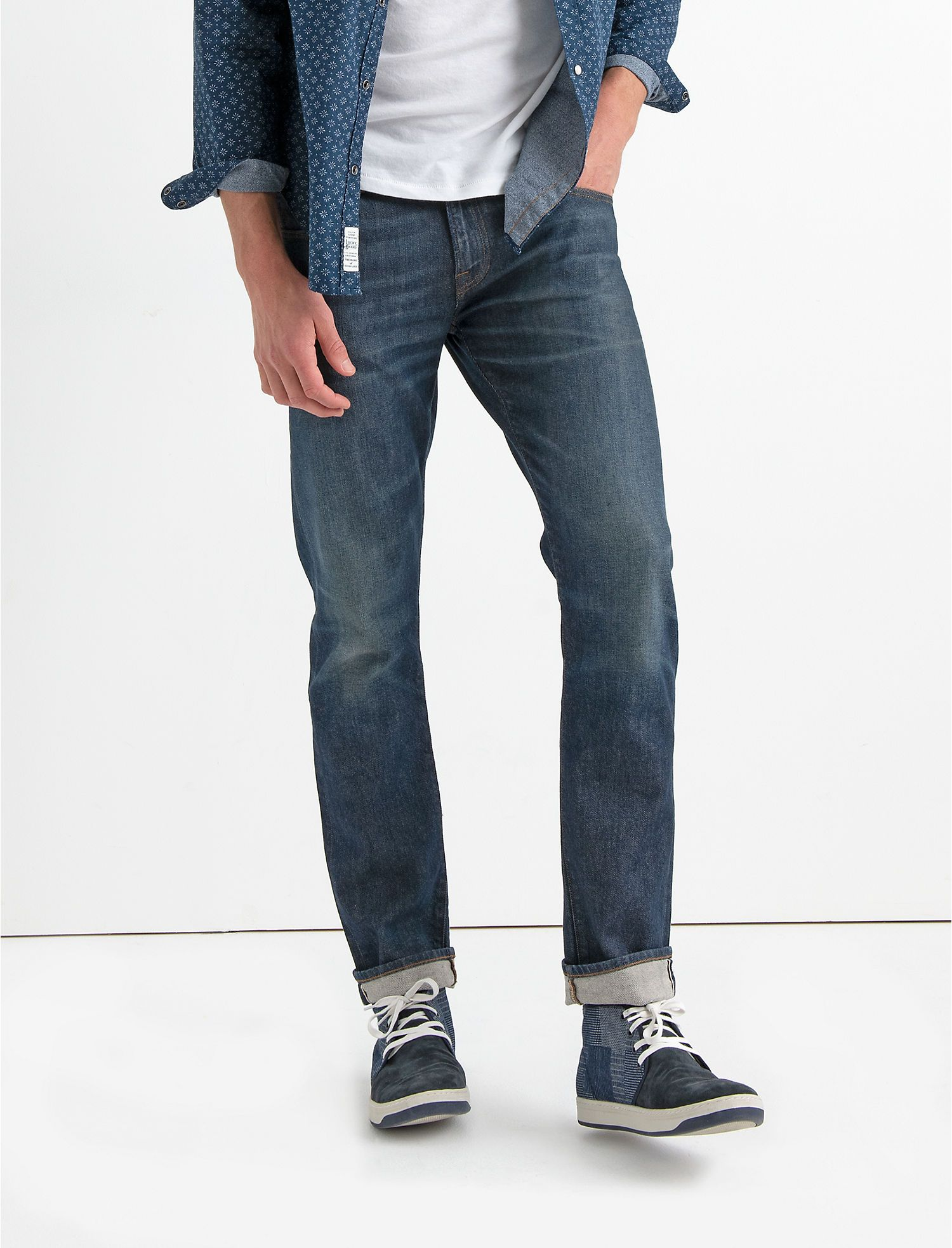 athletic fit jeans canada