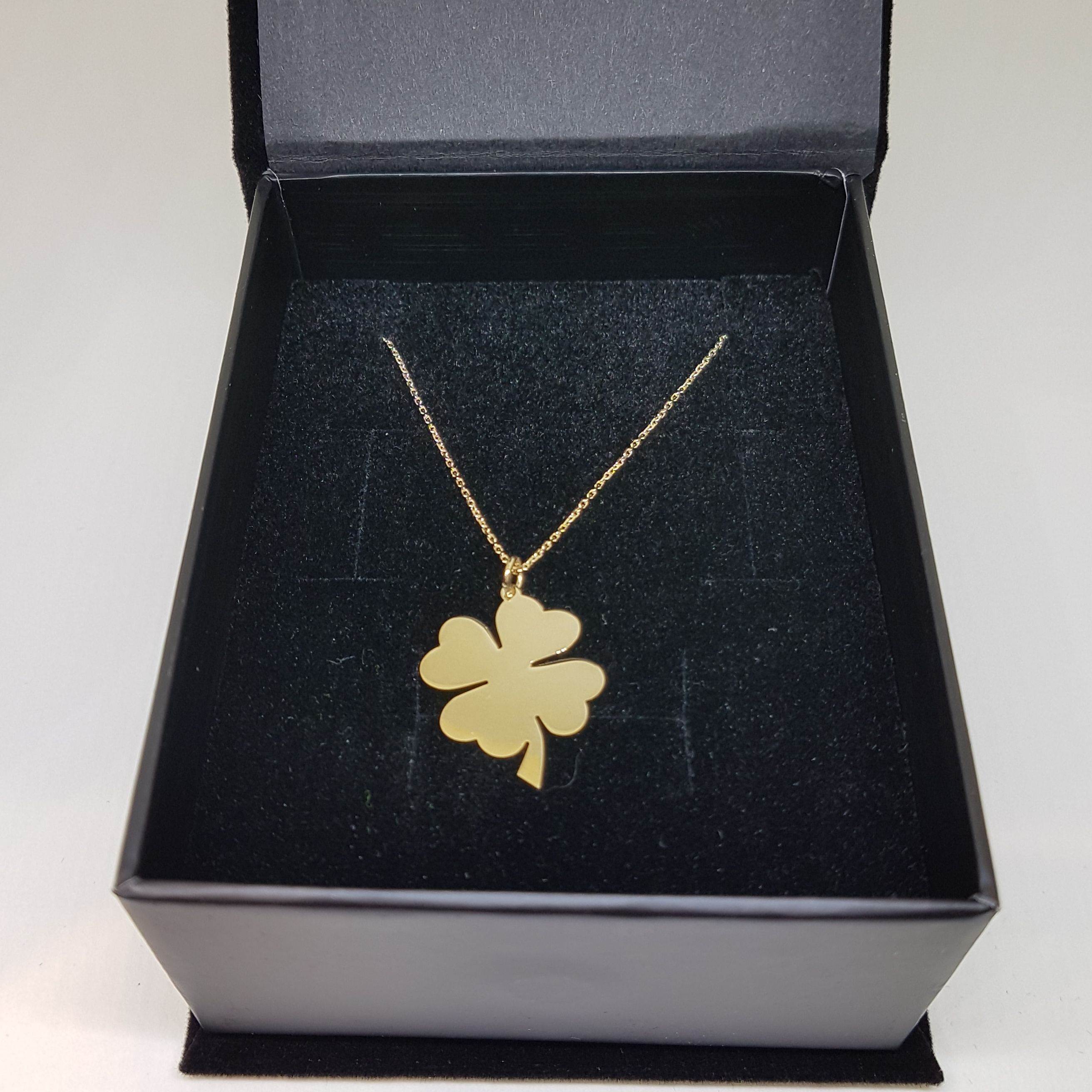 14k Gold Four Leaf Clover Charm Dainty Pendant Necklace For Etsy Clover Jewelry Trendy Pendant Necklace Dainty Pendant Necklace
