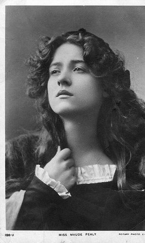 Photo of Frøken Maude Fealy