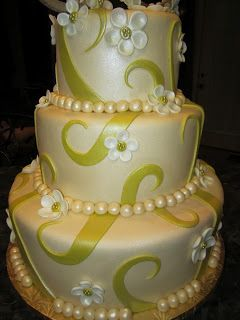 MoniCakes: Beige and Citron Swirl Cake with White Flowers