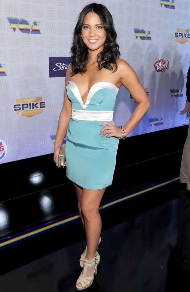 Olivia Munn Mini Skirt - Mini Skirt Lookbook - StyleBistro 7a9b49bf9