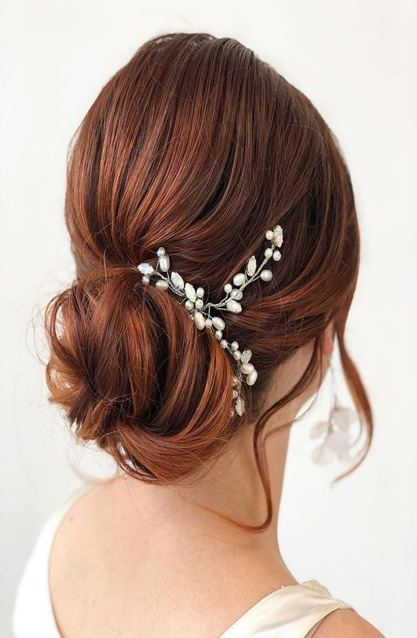 Soft And Classy Hairstyles Ideas 2019   Bridesmaid hair bun