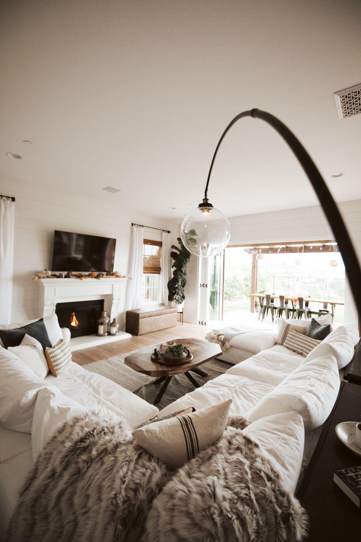 Coastal Farmhouse Living Room Reveal With Arhaus #modernfarmhousestyle