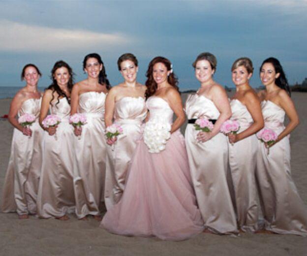 Vera Wang Vw351112 Blush Wedding Dress Vera Wang Bridesmaid Dresses At Beach Weddin Vera Wang Bridesmaid Dresses Blush Wedding Dress Lace Blush Wedding Dress