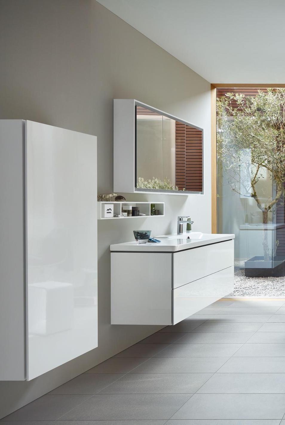 Duravit L Cube Der Waschtischunterschrank Ist Passend Zum Duravit P3 Comforts Waschbecken Mit Ablagefl Che Links Home Decor House Interior Bathroom Styling