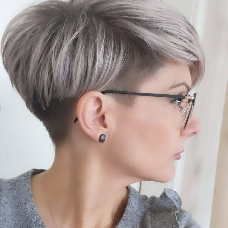 Kurze Pixie Schnitte Jahr 2019 2020 Frisur Trend Thick Hair Styles Longer Pixie Haircut Short Hair Styles Pixie