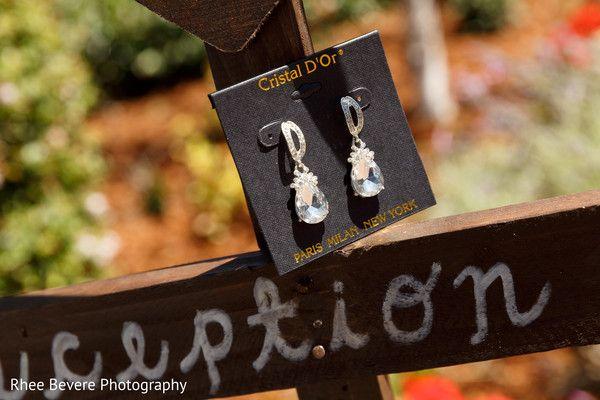 Bridal earrings http://www.maharaniweddings.com/gallery/photo/87134