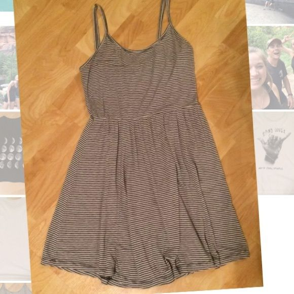 ❌sold❌Brandy Melville striped dress Perfect pre loved condition. $25🅿️🅿️ only‼️ Brandy Melville Dresses