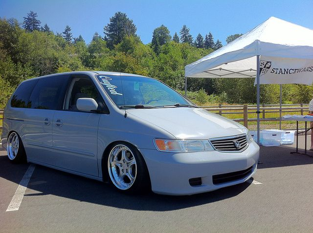 Bagged Honda Odyssey Stancewars With Images Honda Odyssey