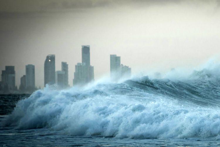 35 Interesting Facts About Tsunamis Tsunami Tsunami Warning Natural Disasters