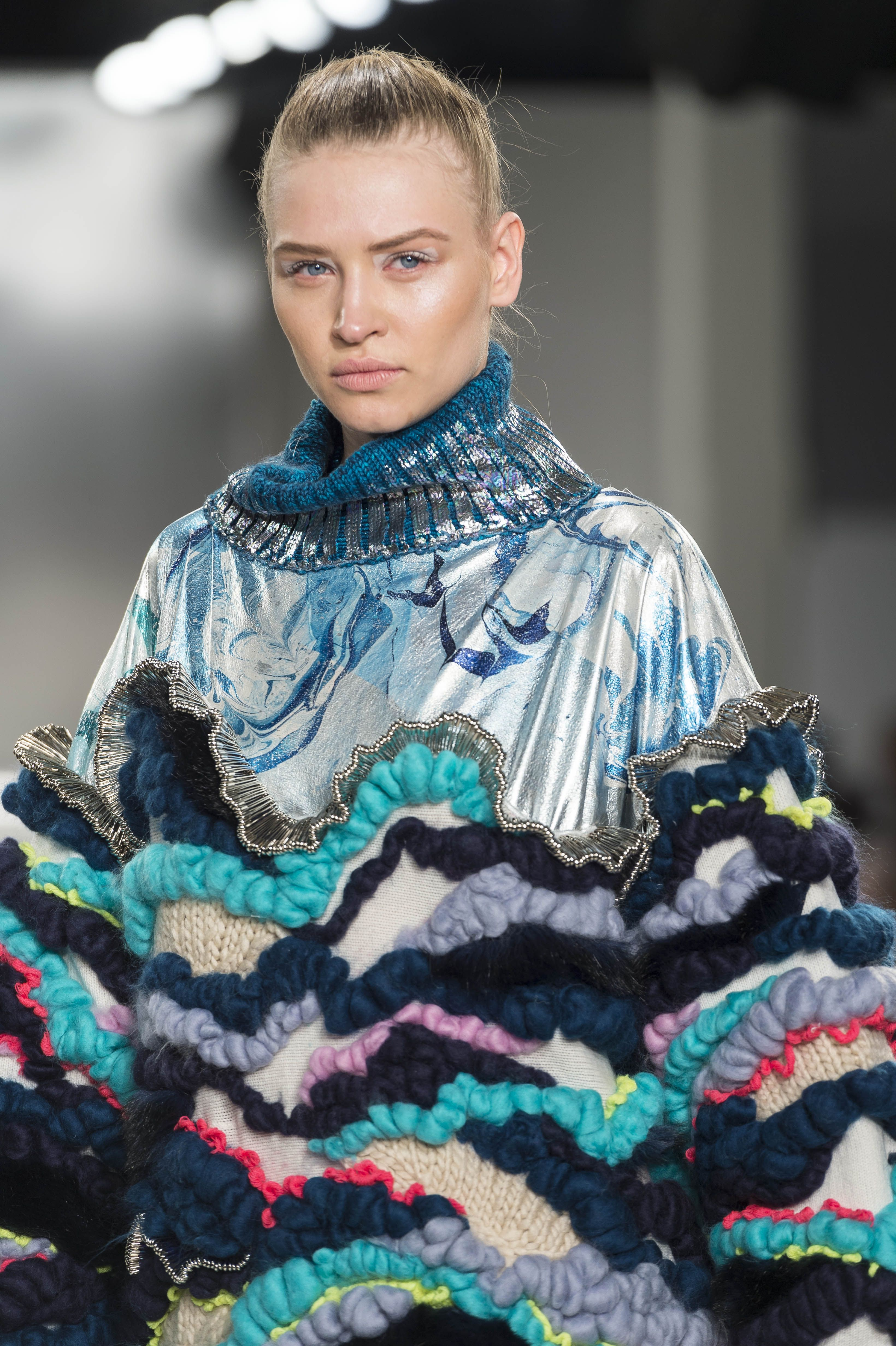 Design By De Montfort University Dmu Fashion Design Student Imogen Abbot On The Catwalk At Graduate Fashion Week G Knitwear Fashion Textiles Fashion Fashion