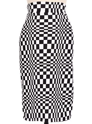 Op-Art Checkered Pencil Skirt at PLASTICLAND | Walk-In Closet ...