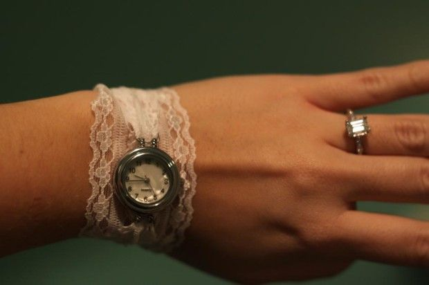 Putting an old watch onto pretty lace #braceletwatch