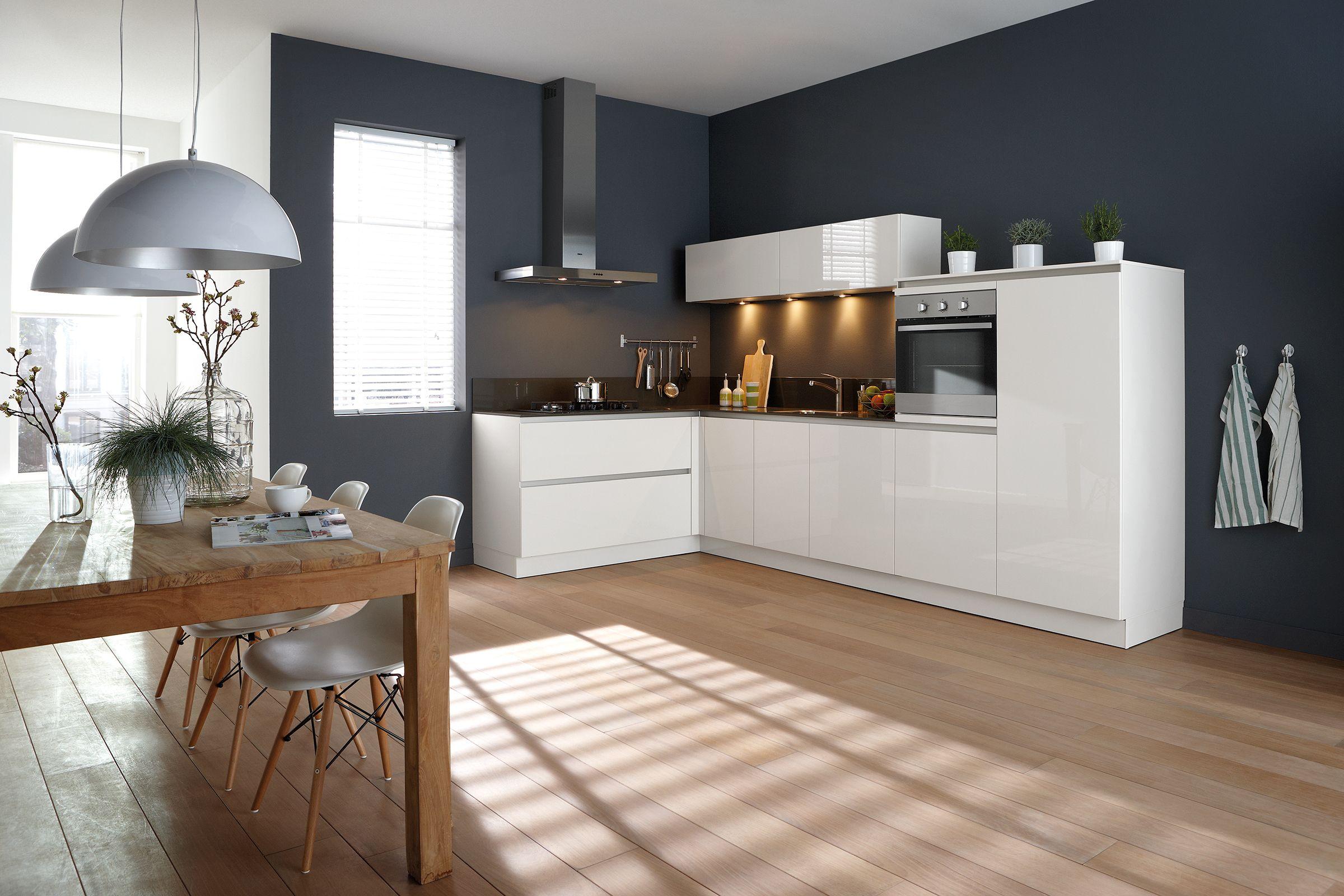 Moderne grayson keuken met stenen werkblad van mm de