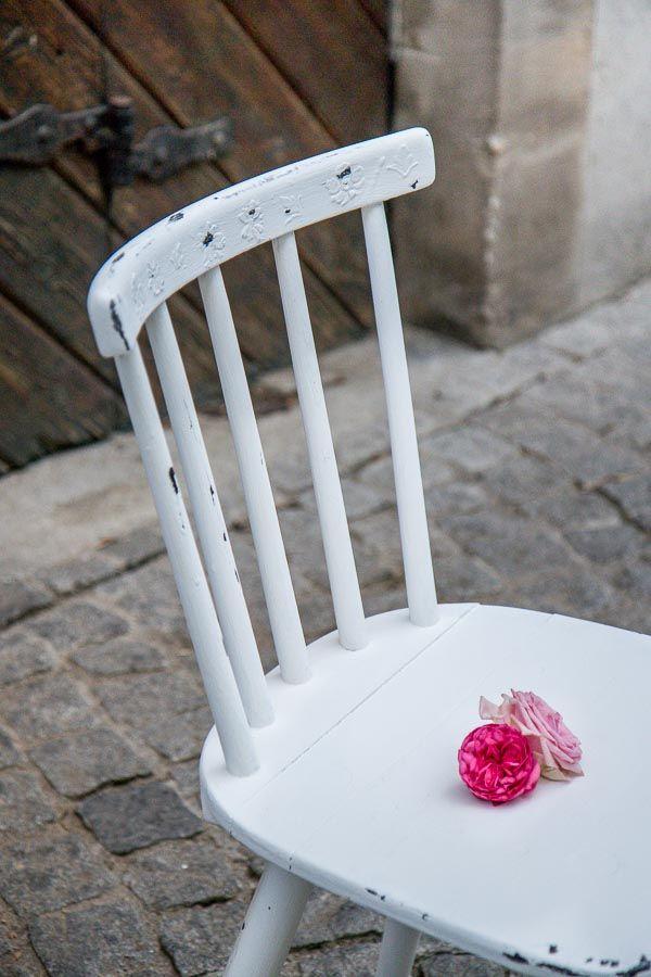 DIY Möbel Stuhl mit Kreidefarbe streichen und einen wunderschönen - bunte hocker designs streichen technik