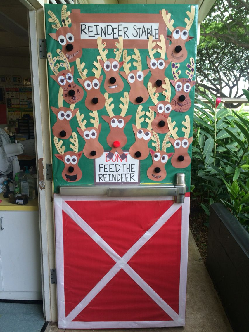 Don't Feed the Reindeer Holiday Door Decoration for school #christmasdoordecorationsforwork