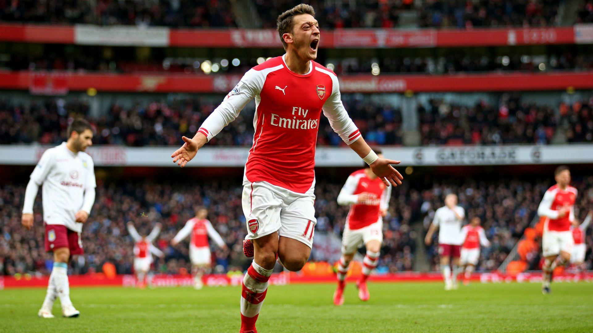 @Arsenal Mëzut Özil #9ine