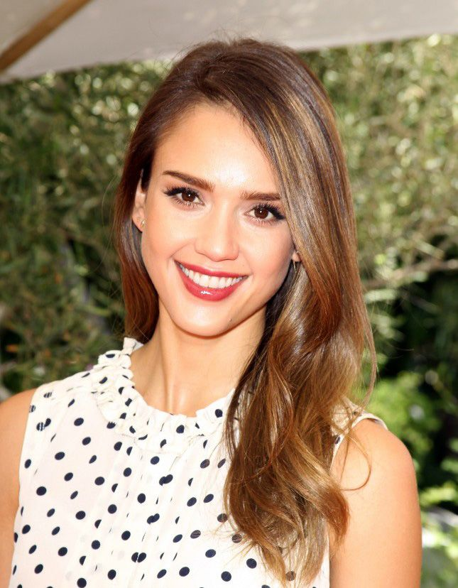 New Hair Trend 10 Celebrites Who Do Babylights Right Hair Trends