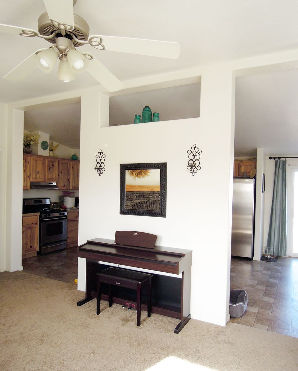 Flutter in the Breeze: Digital piano in the living room, music ...