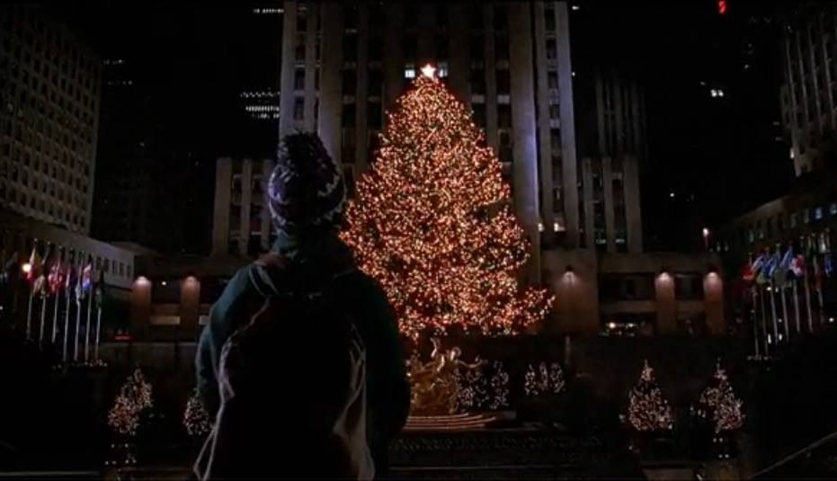 The Scene Why I Wanted To Go To Ny I Did In December 2009 And Have Seen This Xmas Tree Home Alone Best Christmas Movies Movies Like Home Alone