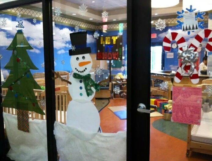 Classroom window Christmas decoration   Art   Pinterest   Window ...