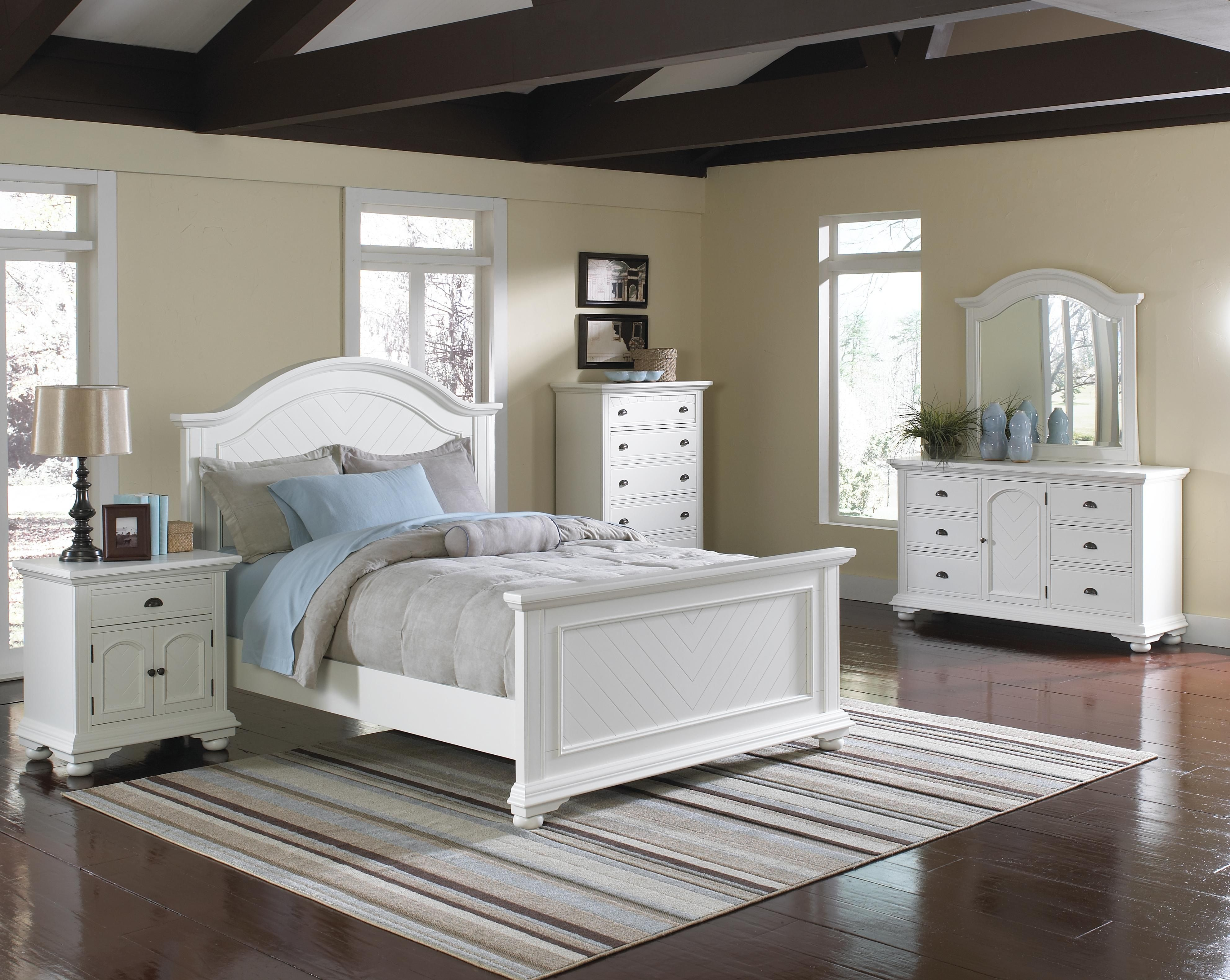 Beautiful pine bedroom 6pc set. Contemporary design inspired and