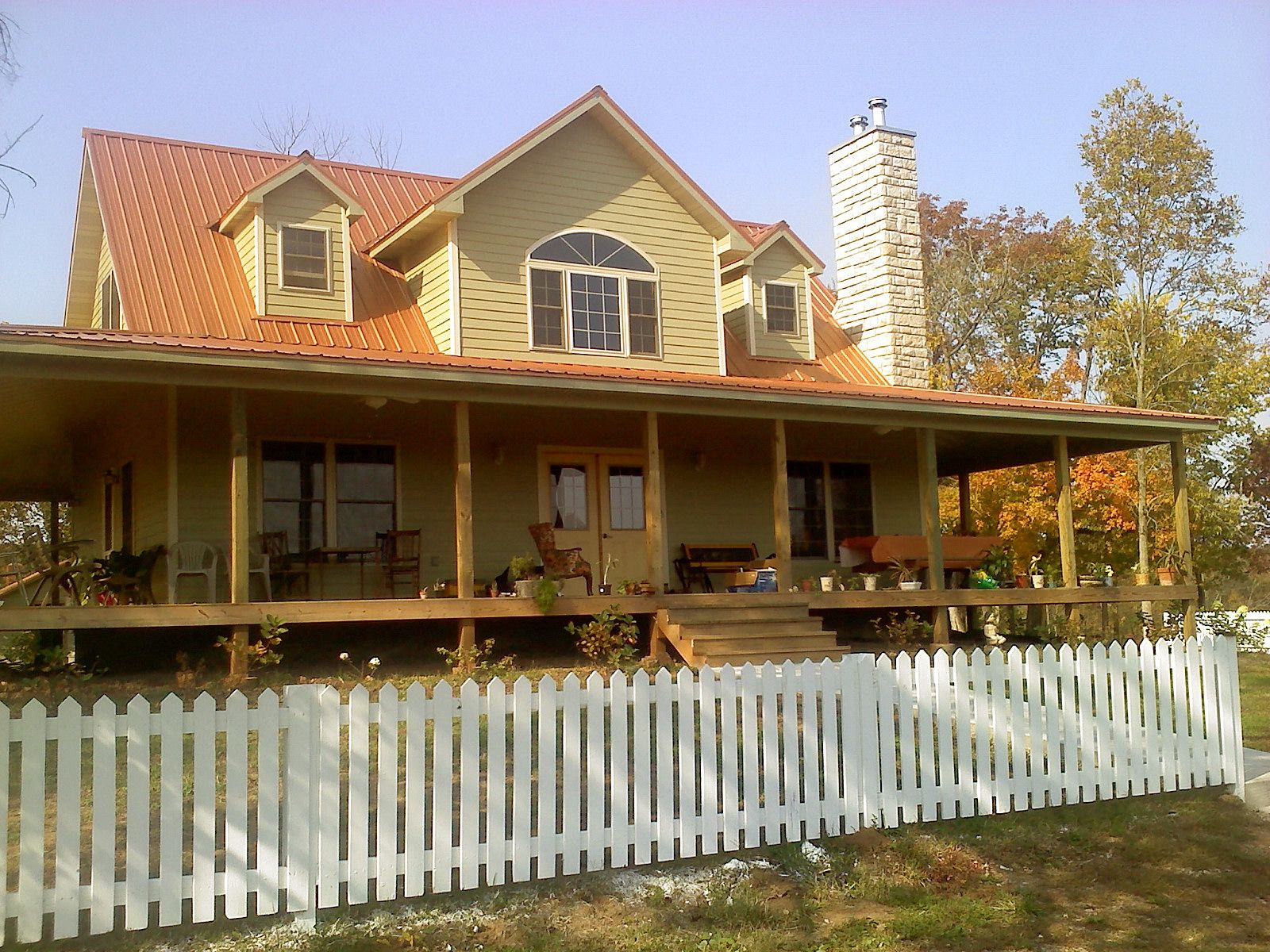 Copper On A Yellow House Google Search Home Ideas