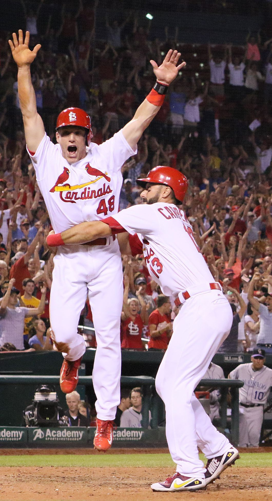 Photo of Rookie Bader gets 1st hit to set-up game-winning run as Cards beat Rockies