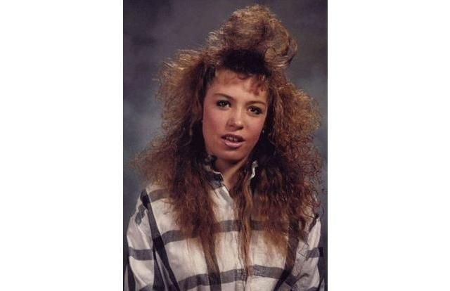 The 34 Most Impressive 1980s Teen Hairstyles. These Are On An Epic Scale. (Slide #1) - Offbeat