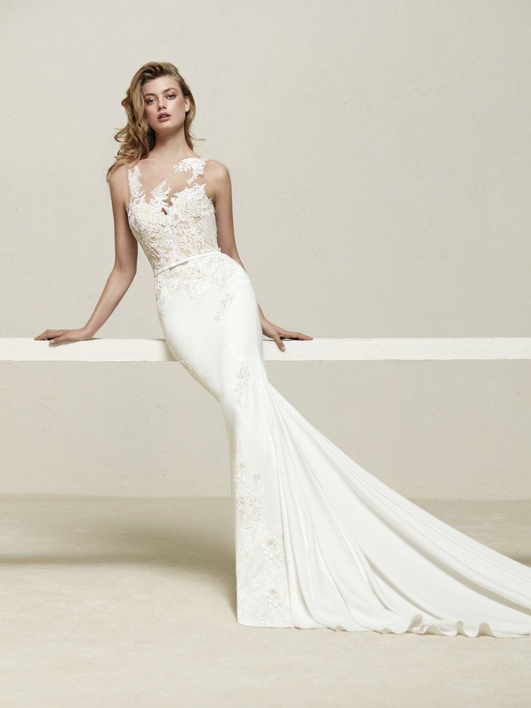 Pronovias Indianapolis In Bridal Store Wedding Dresses Marie