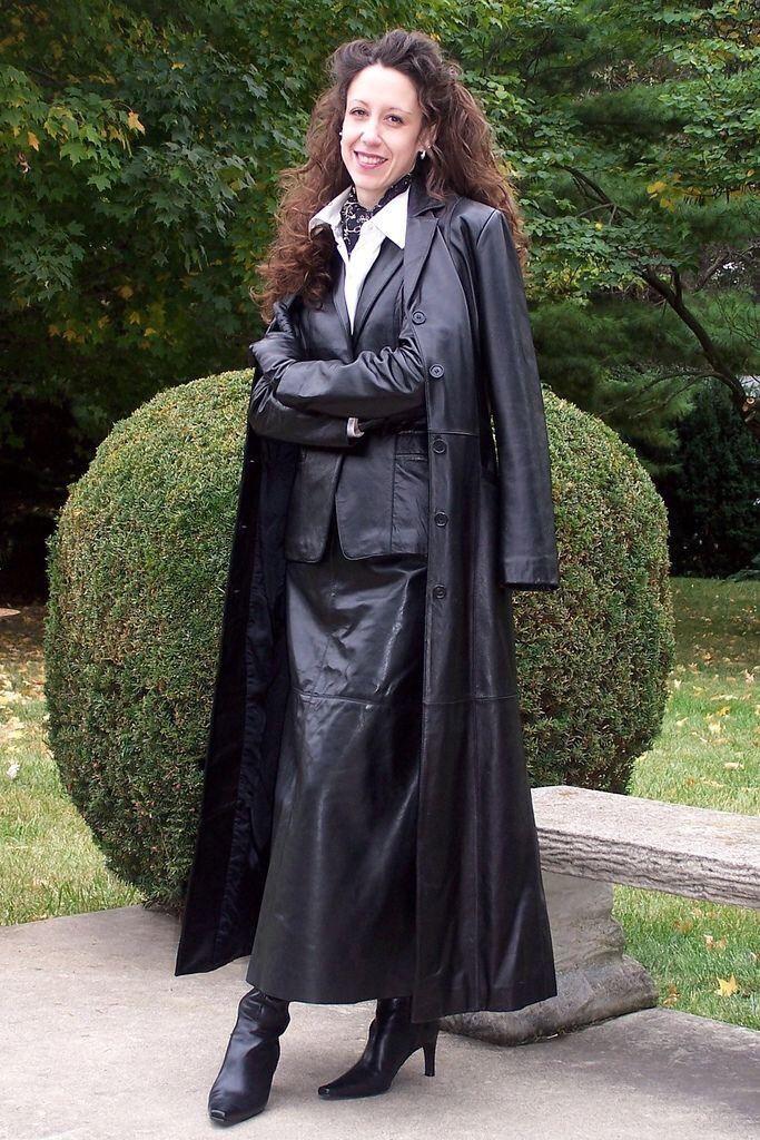 Leather coat domina