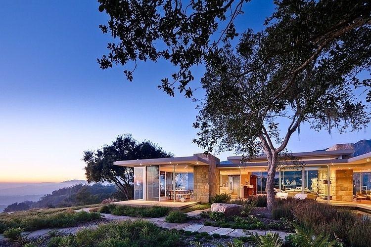 arquitetura-moderna-casa-em-vidro-e-pedra-na-california-por-neumann-mendro-andrulaitis-arquitetos