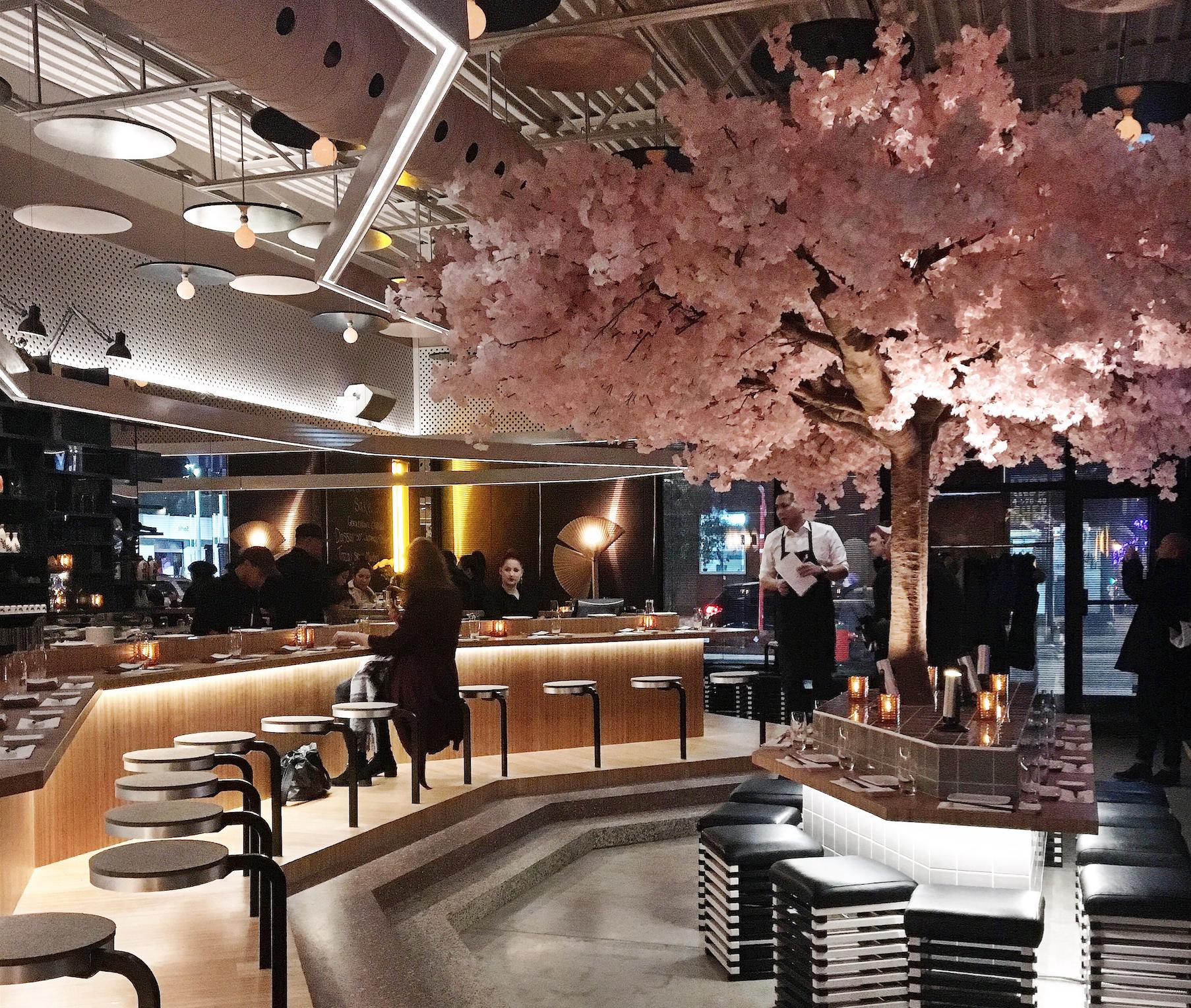 Le Blossom : Splendide Resto-bar à Sakés Du Village