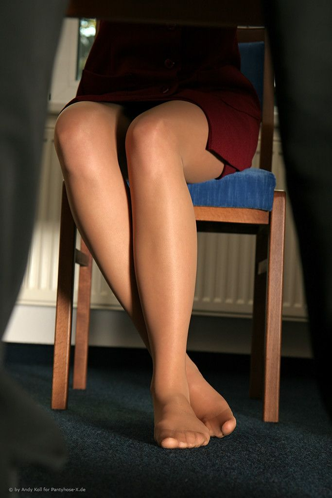 Feet line pantyhose jobs nylon