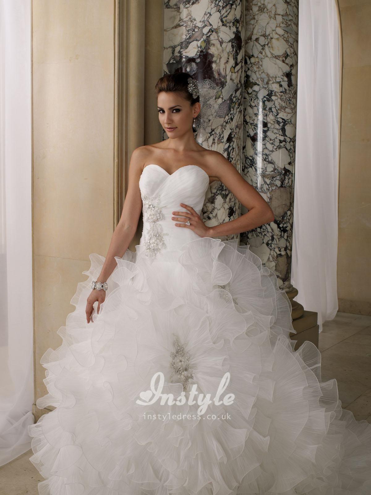 Sweetheart ball gown wedding dress  Crystal Pleated Organza Ruffled Sweetheart Ball Gown Wedding Dress