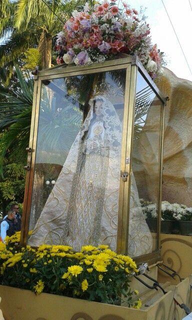 Virgen del valle...