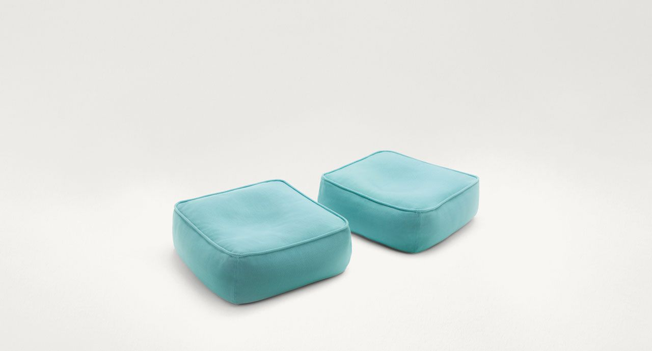 Float - Paola Lenti | Pacific City - Pool / Outdoor Furniture ... Cabanne Gartenpavillon Paola Lenti Bestetti Associati