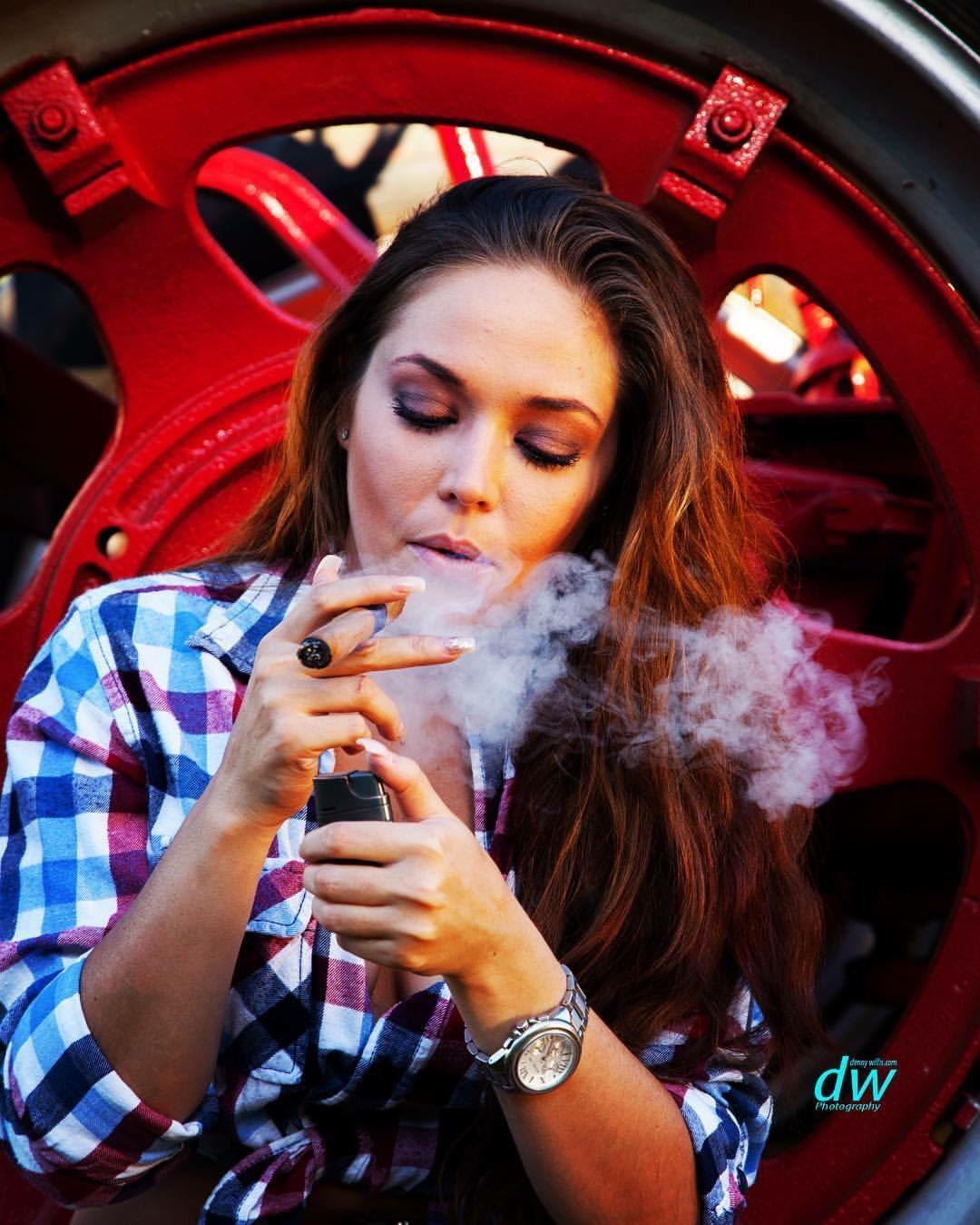 Kuwait girls smoking nude carrie cash