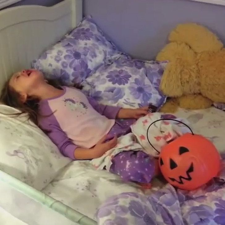 Jimmy Kimmel's Halloween Prank Is Back and Better Than Ever. This is soooo cute the ones that don't get too crazy. Lol