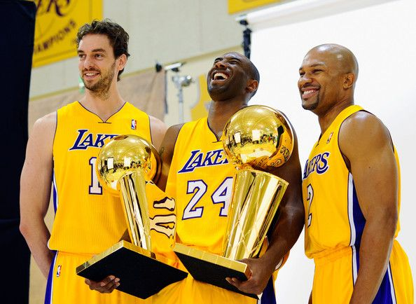 Kobe Bryant And Derek Fisher Photos Photos Los Angeles Lakers Media Day Bryant Lakers Los Angeles Lakers Kobe Bryant