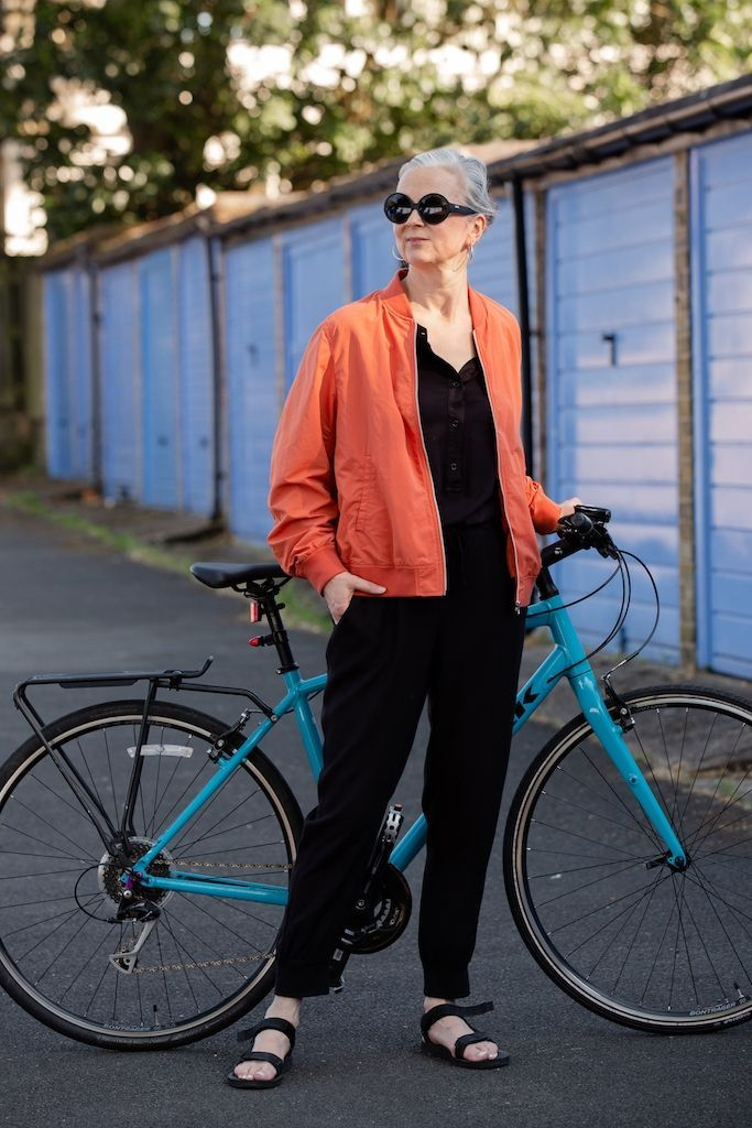 Cycle Chic What To Wear On A Bike Cycle Chic Cycle To Work