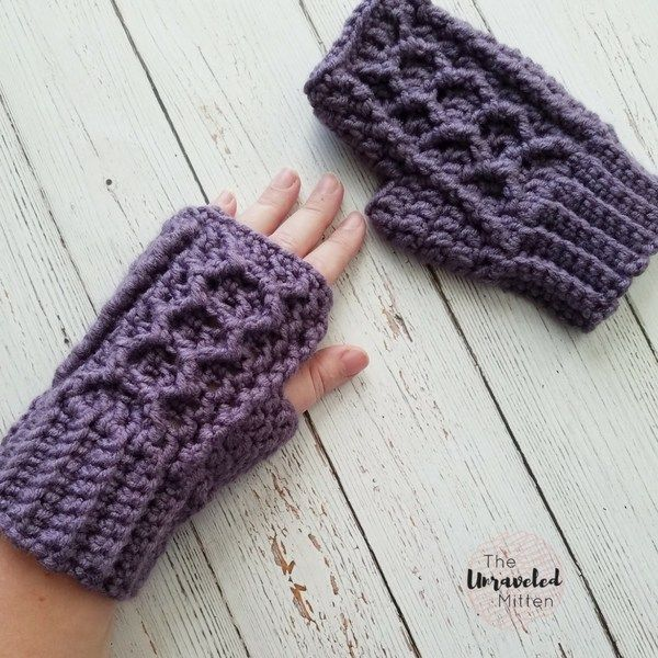 Honeycomb Cabled Fingerless Gloves Free Crochet Pattern