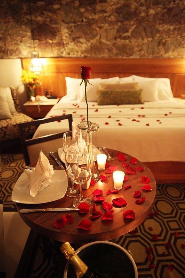 Romantic Hotel Room Ideas: 45 Inspiring Valentine Bedroom Decor Ideas For Couples